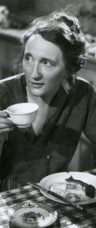 """Marjorie Main in """"Stella Dallas"""", 1937  **went onto Ma in Ma and Pa Kettle, love her**"""