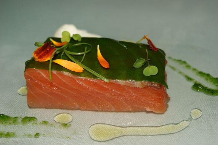#Salmón marinado con rúcula, yogurt griego y manzana.  #Restaurante Submarino. #Oceanografic #Valencia www.restaurantesubmarino.es