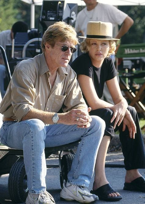 Director Robert Redford with Charlize Theron [The Legend of Bagger Vance]