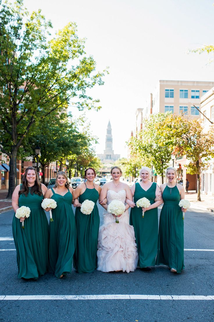 Gorgeous long emerald green bridesmaid dresses (Maria Grace Photography)
