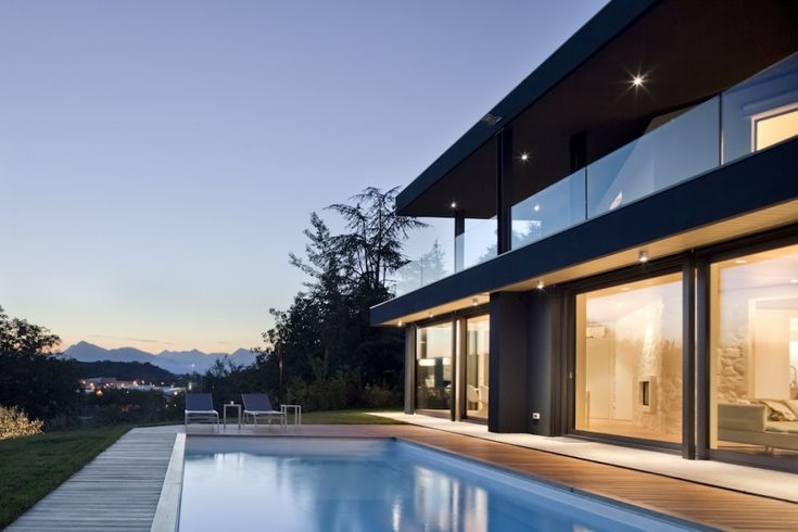 Contemporary Two Storey Villa Situated In Udine Italy Designed By Iarchitects