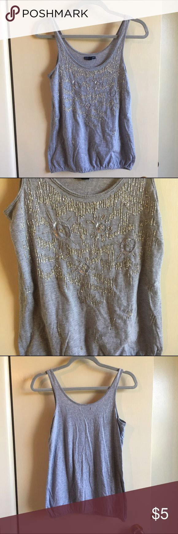 GRAY AMERICAN EAGLE SEQUINED TANK TOP GRAY AMERICAN EAGLE SEQUINED TANK TOP American Eagle Outfitters Tops Tank Tops