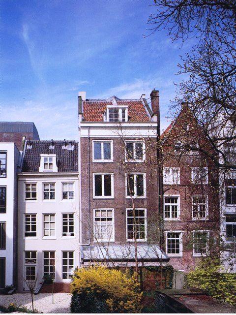 世界一有名な日記帳著者、アンネ・フランクの家。歴史を知るならおすすめ。オランダ 旅行のおすすめ観光スポット。