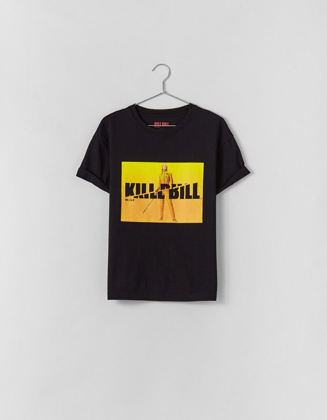 85fbec9bd Kill Bill T-shirt - Bershka #fashion #product #printed #print #estampado  #licencias #brands #collaborations #pop #popculture #movies #music #trend  #trendy ...
