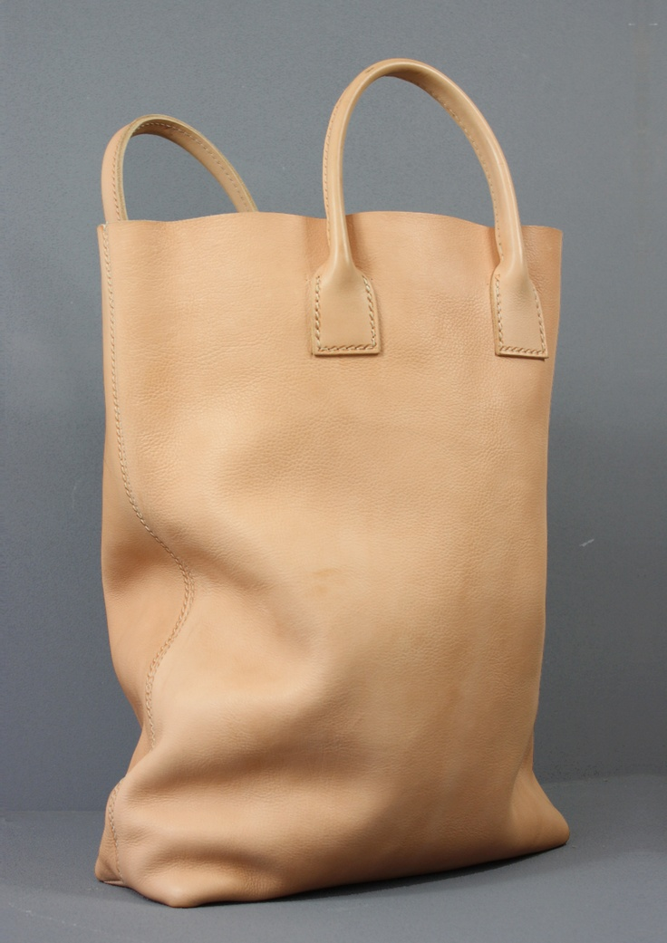 simple natural leather bag