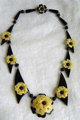 CelluloidBakelite Lucite Celluloid, Celluloid Flower, Bakelite Necklaces, Celluloid Necklaces, Vintage Bakelite, Flower Necklaces, Celluloid Bakelite, Bakelite Celluloid Lucite, Chalkware Bakelite Celluloid
