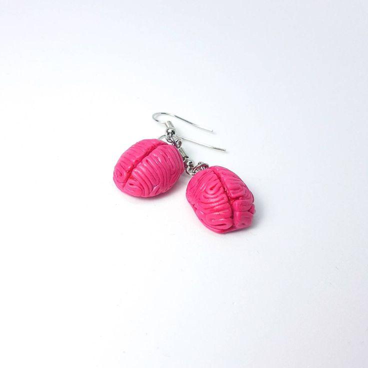 Brain earrings, Polymer clay Brain Earrings, Zombie Brain, Zombie earrings, Halloween jewelry, Human brain earrings, Halloween Earrings #myfimo #bystellakyriakou #etsy #polymerclayjewelry #handmade #handmadejewelry #jewelry #earrings #pink #halloween #oval #people #brainearrings #zombiebrain #zombieearrings http://etsy.me/2tueMab