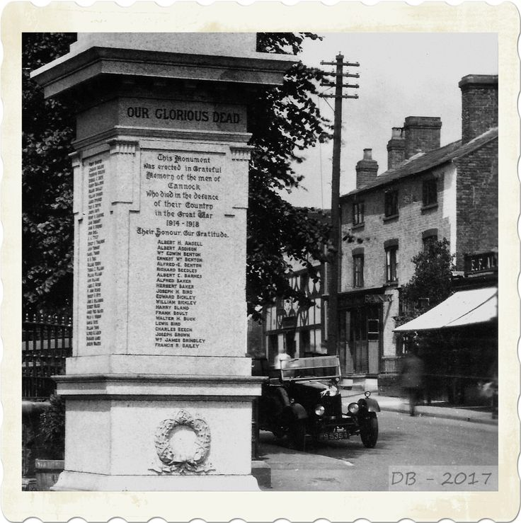 1920's view of the war memorial with the Royal Oak, the National Provincial Bank and E.F.Allen's Piano Shop in the background.