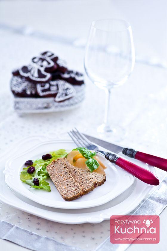 Pasztet z królika - #przepis na #pasztet na #wielkanoc lub Boże Narodzenie, świąteczny, pyszny i aromatyczny.  http://pozytywnakuchnia.pl/pasztet-z-krolika/  #kuchnia #krolik