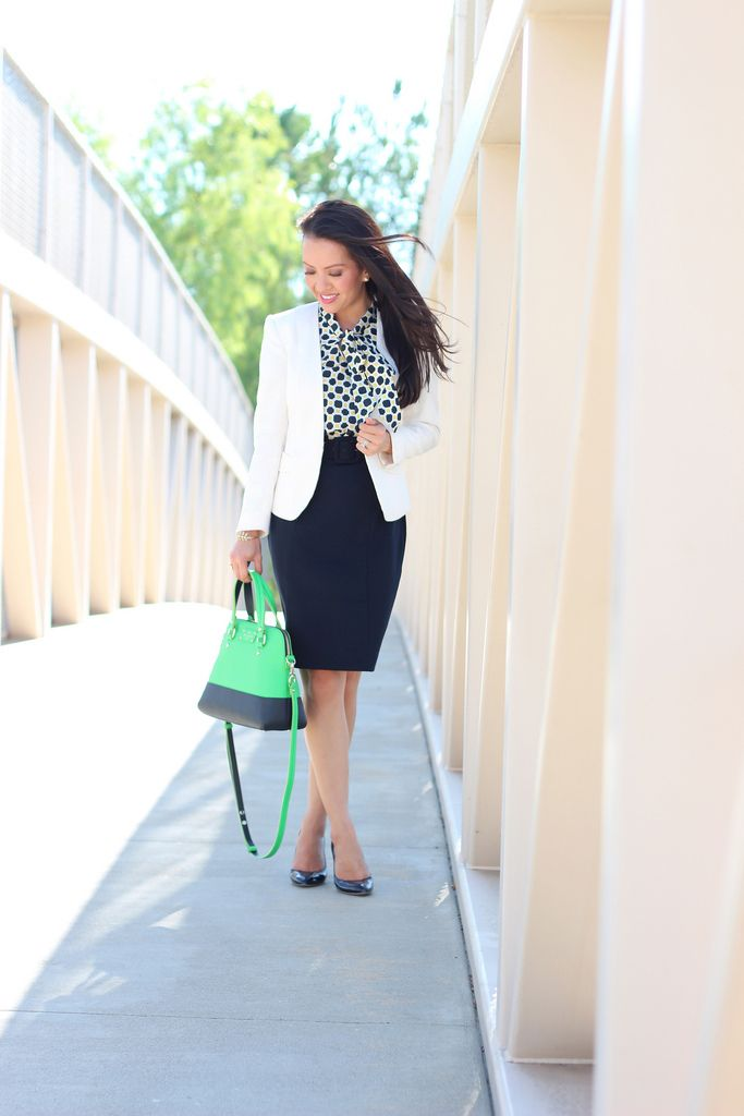 StylishPetite.com | Banana Republic Factory Print Tie-Neck Dress and Petite Trench Coat