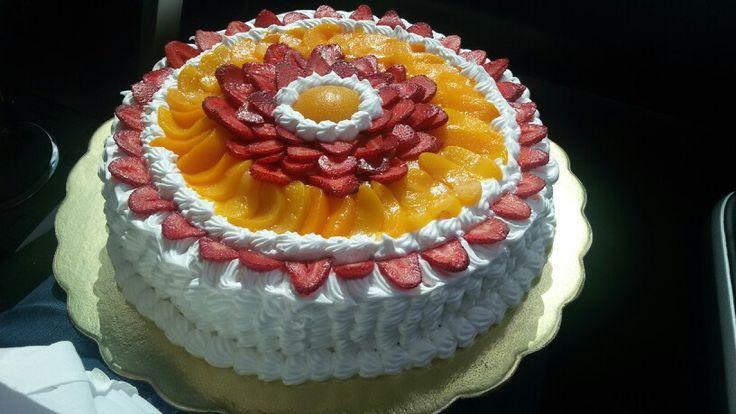 Torta de Fresas y Melocotones