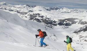 Gewinne mit der Mammut Alpine School und ein wenig Glück eine Tourenwoche im Wert von CHF 1045.- , sowie einen Mammut Rucksack im Wert von CHF 200.- oder eine kleine Tourenwoche im Wert von CHF 445.- https://www.alle-schweizer-wettbewerbe.ch/gewinne-mammut-alpine-school-tourenwoche/