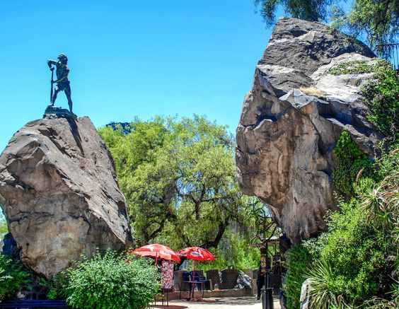 9 Incredible Sights You Must See In Santiago, Chile (4)