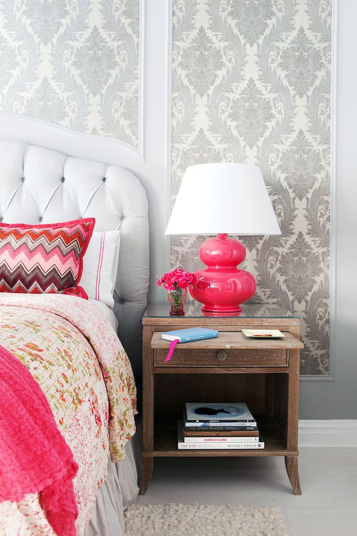 Framed wallpaper... I can't believe they got the bottom trim to mimic the headboard lines!