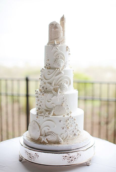 Brides: Beach-Themed Wedding Cakes | Sheri Davis of Sheri's Edible Designs  | Photo by Landon Jacob