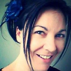 Go to Girl Nat interviews Deb from Site Design & Hosting all about #Website design and having a fab #facebook page.
