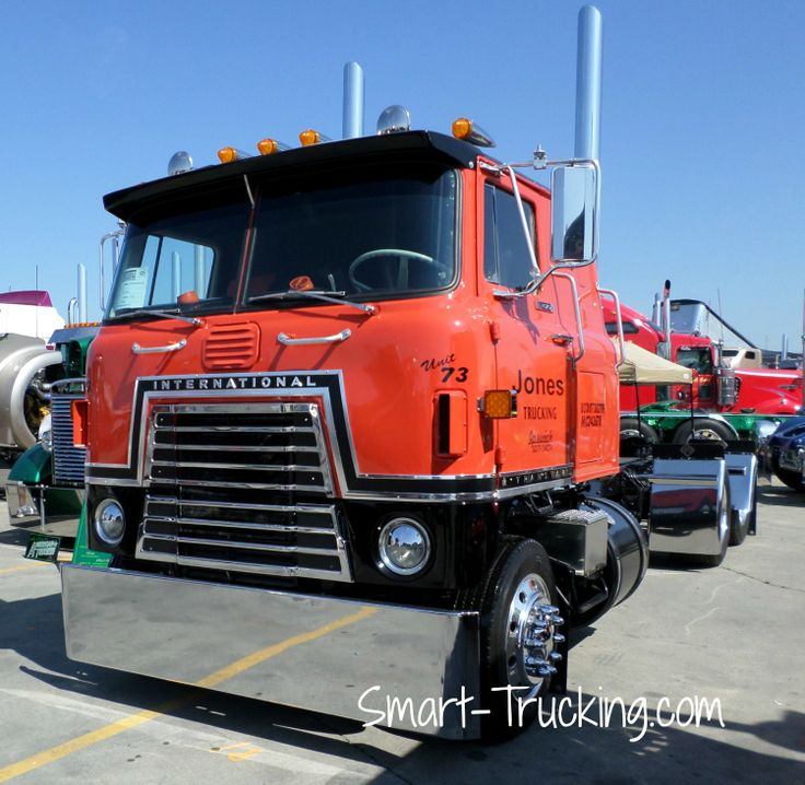 Craigslist Cabover Freightliner: Old Bullnose Cabover Semi Trucks For Sale.html