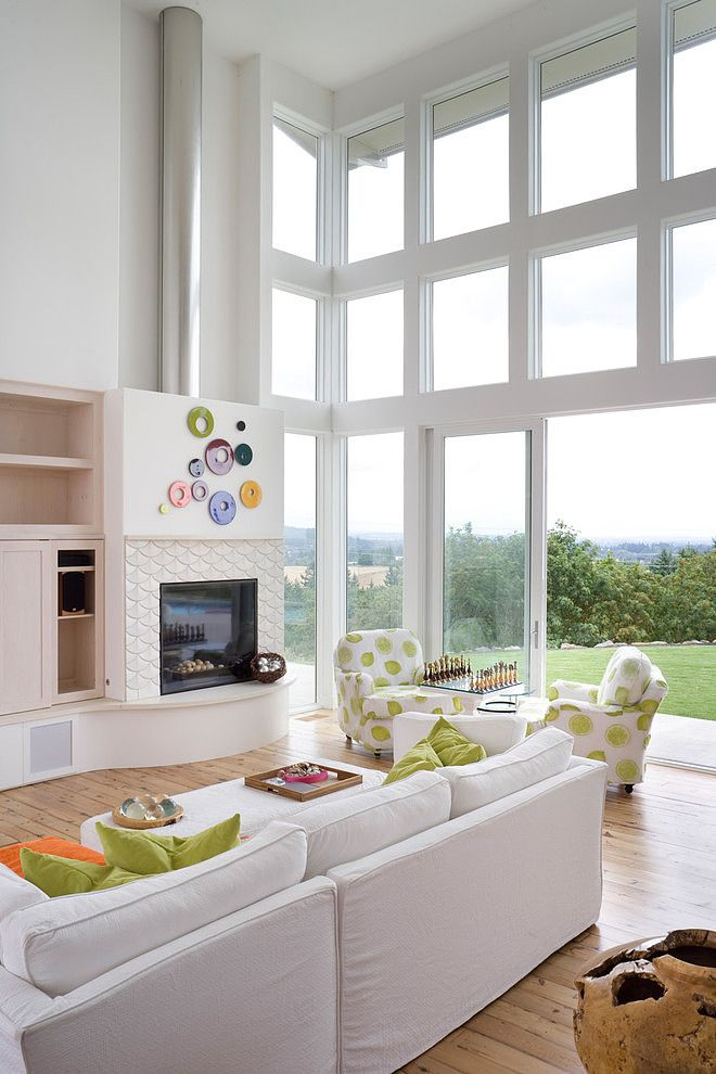 This modern single family property situated in Portland, Oregon was designed by local architects from Alan Mascord Design Associates.