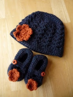 Shell stitch beanie and booties  - So adorable!