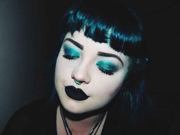 #Glitter #smokeyeye #green #aqua #blacklipstick #brows #greenhair #pale #cybergoth #alternative #bright