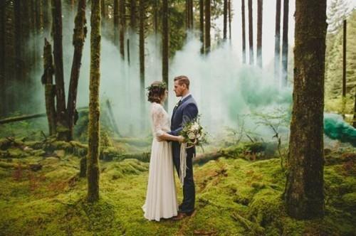 21 Awesome Smoke Bomb Wedding Ideas | Weddingomania | Weddbook.com
