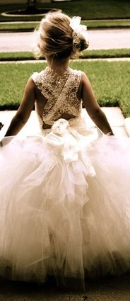 Gorgeous outfit for little Bridesmaid! X