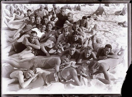 Plate Glass Negatives: Beaches - Sunbathing at Bondi, Circa. 1930  Photo: Herbert FISHWICK