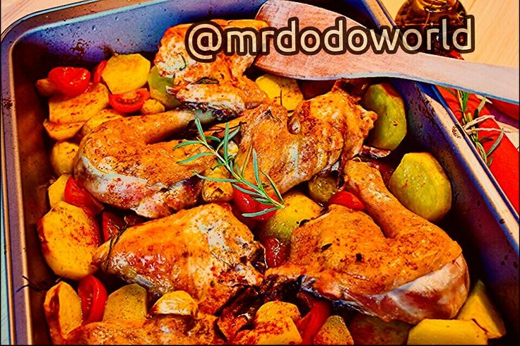 #chicken #fried #oven #foods #eat #food #frisch #cook #garlic #tomatoes #potato #oil #spices #dine #grilled #grilledchicken #lunch #dinner #meal #spicyfood #spicy
