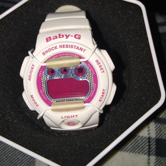 Baby-G Shock watch Baby G-shock white and pink watch. Just needs batteries . G-Shock Accessories Watches
