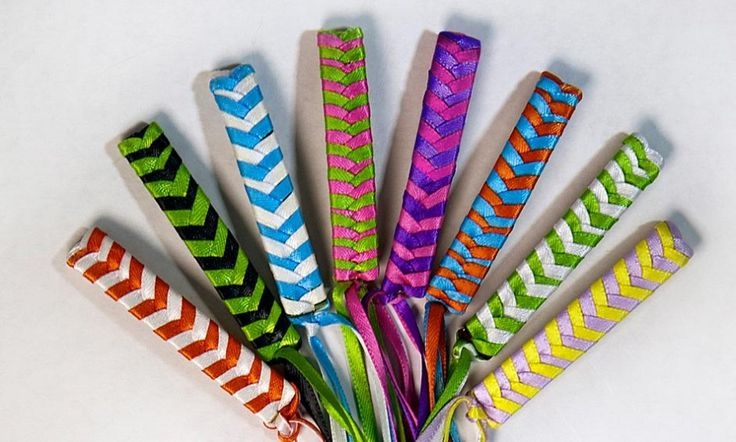 ribbon barrettes... Hello Elementary school memories... I cannot tell you how many of these I made for my friends and I!