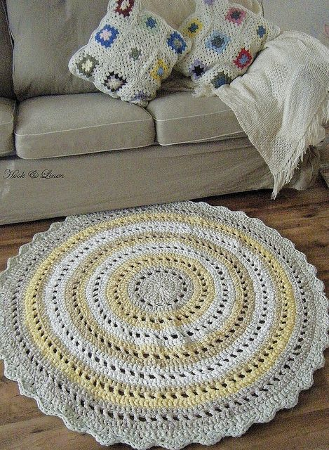 Free Crochet Pattern For Rag Rugs : 17 Best images about crochet rug pattern on Pinterest ...