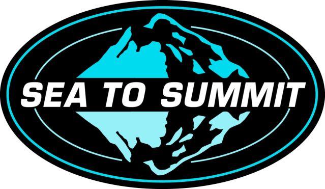 SEA TO SUMMIT - 1984 yılında Avustralyalı küçük bir dağcı gurubu, oksijen ve Şerpa desteği olmadan, kuzey yüzünden ve yeni bir rota açarak Everest'e tırmandılar. Kendi aralarında, aslında hiç kimsenin bu 8848 metrelik irtifayı gerçek anlamda tırmanmadığını, çünkü tüm tırmanışların hep belirli bir irtifadan başladığını konuştular ve Everest'e deniz seviyesinden başlayıp tırmanmanın hayalini kurdular.