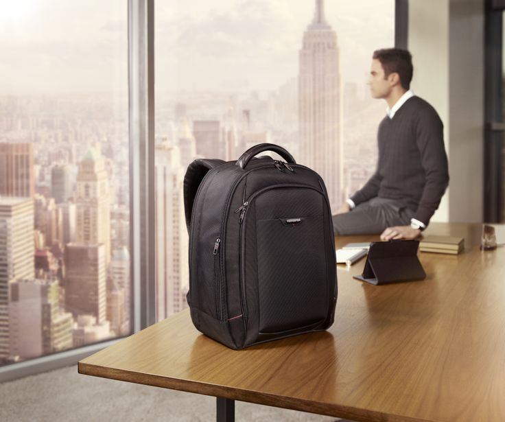 Pro DLX4 - Laptop Backpack