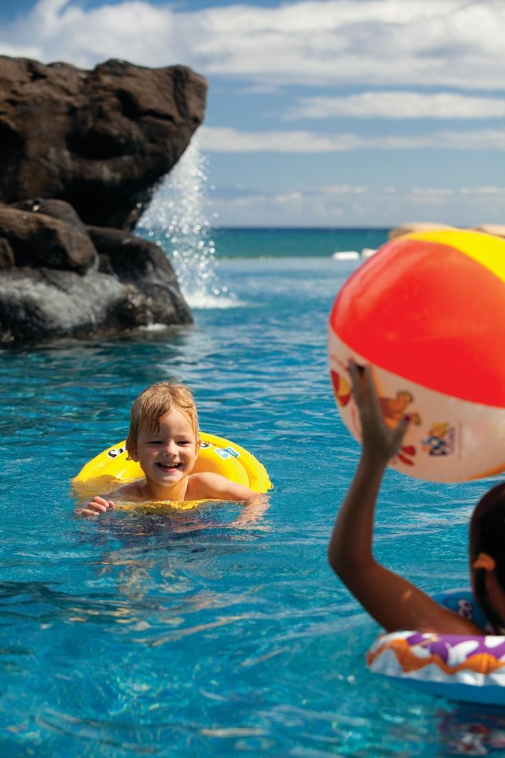 Kids at the Sea Shell Pool