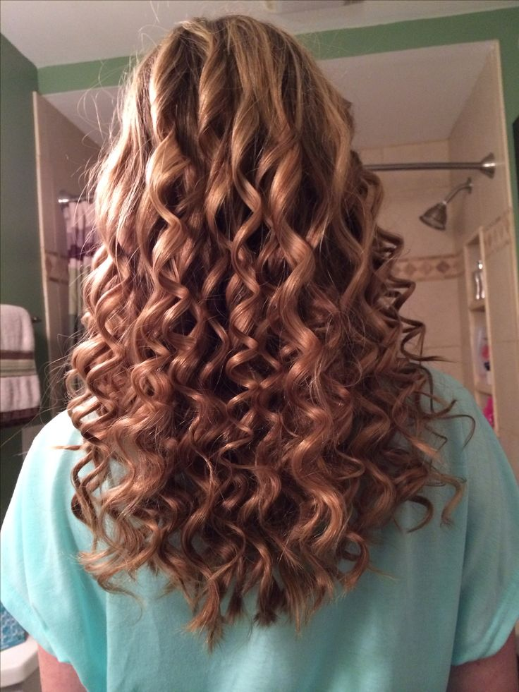 My hair yesterday! Tight spiral curls!