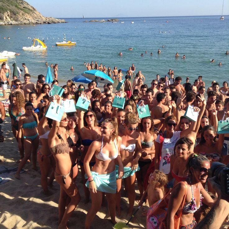 Beach party #Bacardisummerwave sulla Spiaggia di Cavoli con #Radio105, il Convio, Club64 e tantissimi amici!