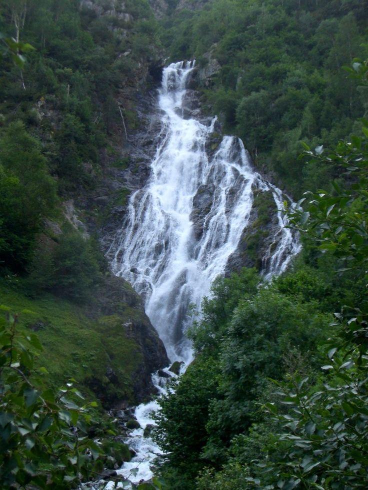 Cascada de la Espigantosa   Excursiones por Huesca