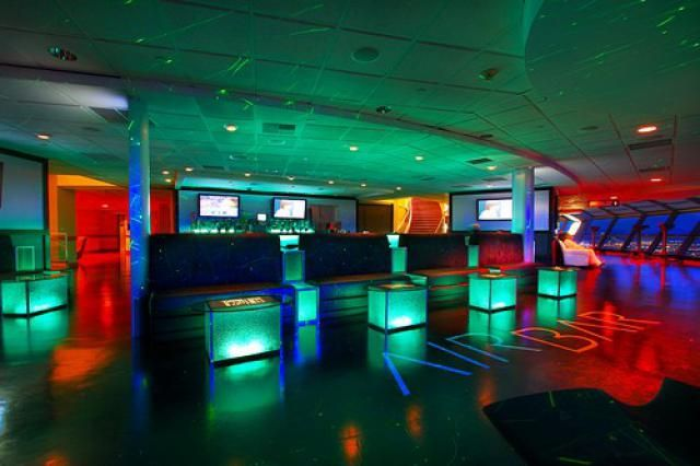 Bars at the Stratosphere Las Vegas: Air Bar- Happy Hour 7-11 $5 u call it drinks