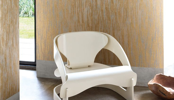 Allegri, Vittoria: Subtle natural patterns, interwoven with metallic fibres for a rich textured finish.