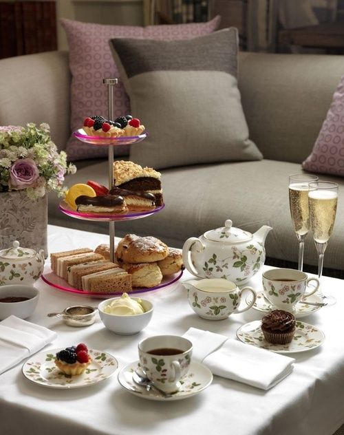 tea party time - photo #32