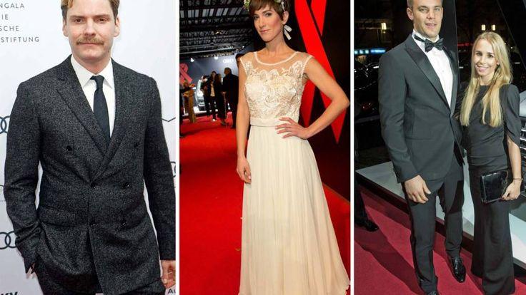 Neben Berliner Promis wie Daniel Brühl und Isabell Horn, ließ sich auch Fußball-Profi Manuel Neuer mit Freundin auf dem roten Teppich blicken
