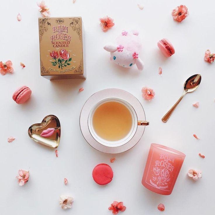 ЧАЙ ДЛЯ ВОЛОС🎀🎀🎀  1 ст. ложку зеленого чая заливаем 2-я стаканами кипятка и оставляем на 30 минут настаиваться. После этого процеживаем чай и ополаскиваем им чистые волосы. Смывать не надо. Кондиционер для волос из зеленого чая придаст мягкость, шелковистость и блеск.   Чай от выпадения волос   Крепкий настой чая втираем в корни волос каждый вечер, в течение 10 дней. Этот рецепт не только предотвратит выпадение волос, но еще и будет стимулировать их рост.   Ополаскиватель для жирных волос…
