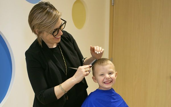Jeanne McCoy, a cancer survivor, will provide free haircuts and salon services to University of Minnesota Masonic Children's Hospital patients and their families in the new Blythe Brenden-Mann Foundation Wellness Center. Read more.