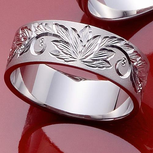 結婚指輪 韓紅花-karakurenai- 平安時代に高貴な色とされた鮮明な赤の韓紅花-karakurenai-美しく気高く咲き誇る花が描かれています。つや消しタイプで、デザインがより一層美しく見えるデザインです。     Wedding ring   South Korean safflower-karakurenai - Clear red's South Korean safflower-karakurenai made into the noble color at the Heian period - The flower which is nobly in all glory beautifully is drawn.   By a lusterless type, a design is a design which looks much more beautiful.