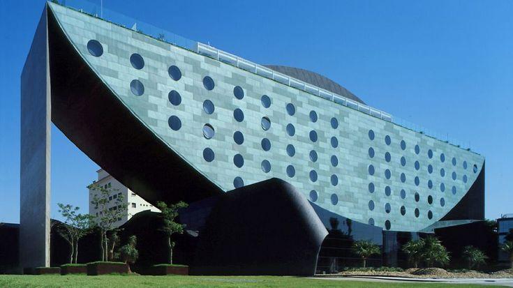 Hotel Unique in Sao Paulo, Brazil - Amazing work by Ruy Ohtake