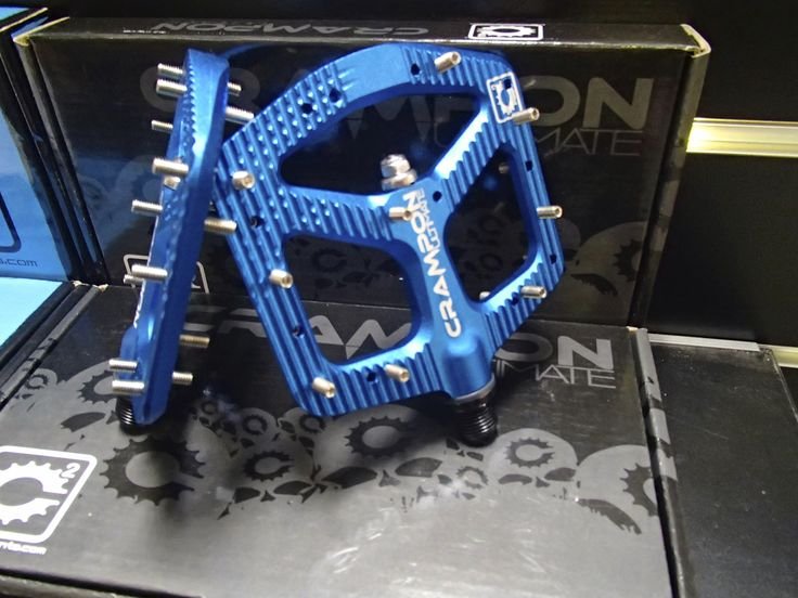 Canfield Crampon Ultimate pedals, you can really see why they are called crampons!