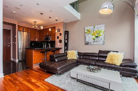 1 Avondale Ave - Toronto Ontario Heavily upgraded upper penthouse loft In North Yorks most sought after location