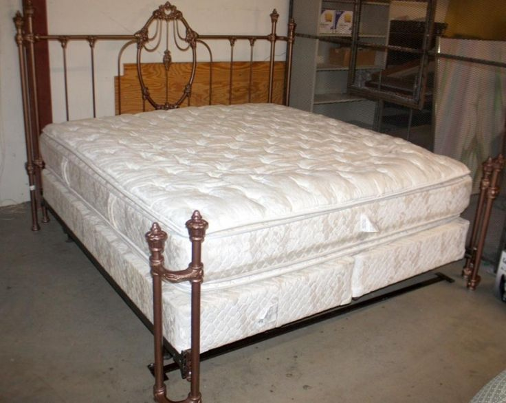 best 25 king size mattress ideas on pinterest large beds king size bed mattress and giant beds. Black Bedroom Furniture Sets. Home Design Ideas