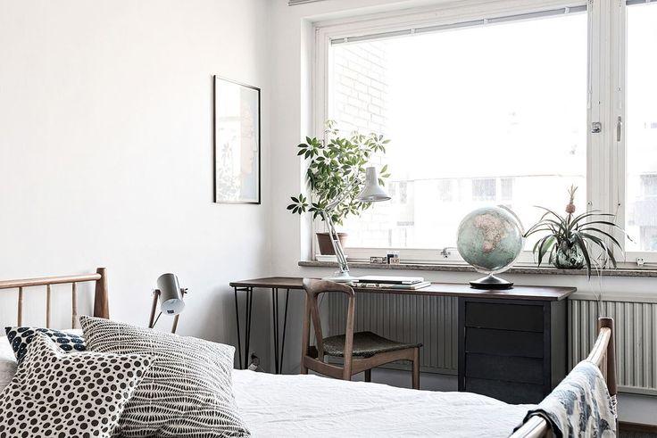 Här bor ni högt upp i huset för ett fantastiskt ljusinsläpp och minimal insyn.... Karl Gustavsgatan 33 - Bjurfors