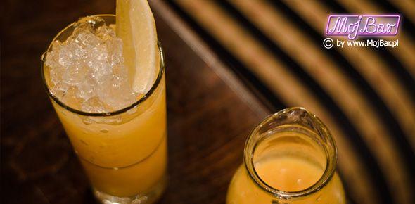 BATIDA ABACI Rześki, brazylijski klasyk:  cachaca - 40ml, ananasowy sok - 60ml, limonka sok - 20ml syrop cukrowy - 20ml  Przepisy na drinki znajdziesz na: http://mojbar.pl/przepisy.htm